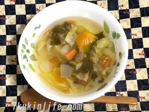 最強の野菜スープ、ゴロゴロタイプのスープ出来上がりです。